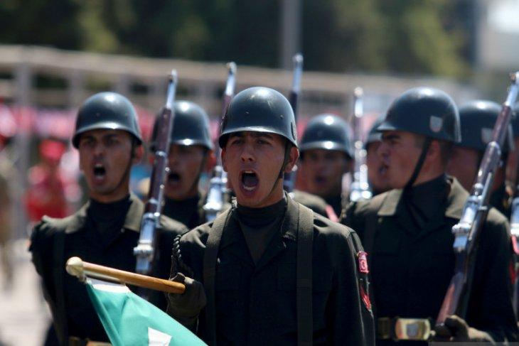 Turki kembali perintahkan penangkapan  223 personel militer