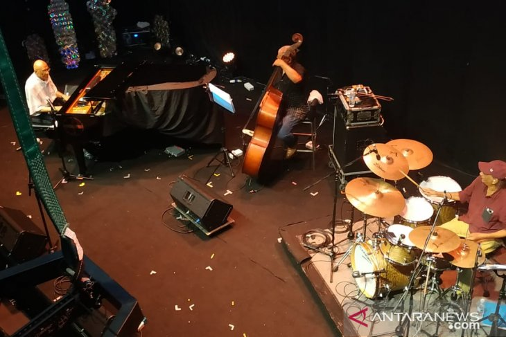 IRESON akhiri malam pertama panggung utama Borneo Jazz Festival 2019
