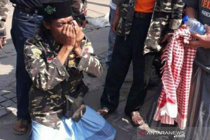 Dari Musi Rawas berjalan kaki, anggota Banser ini ingin bertemu Jokowi