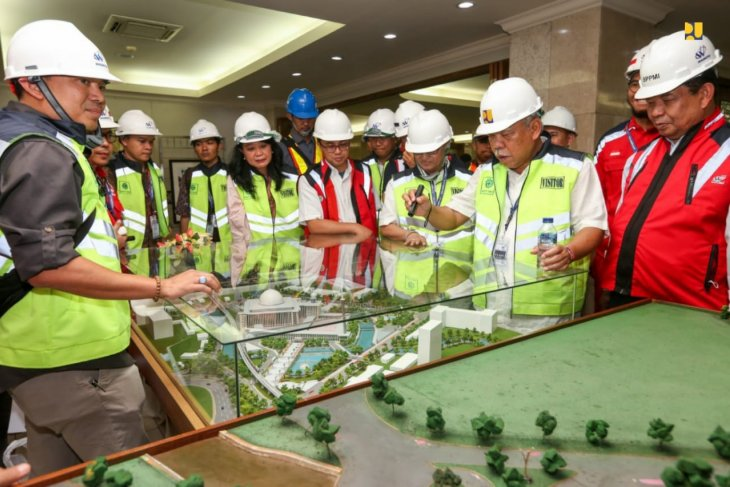 Istiqlal Grand Mosque being renovated under Jokowi's directive