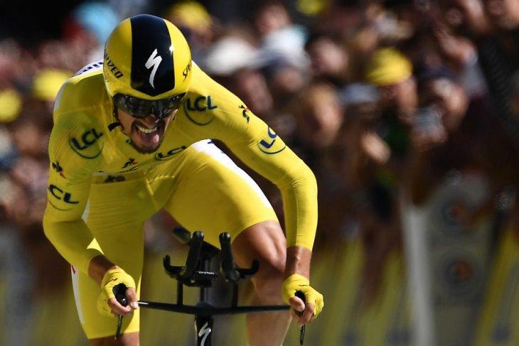 Julian  juarai etape pembuka Tour de France