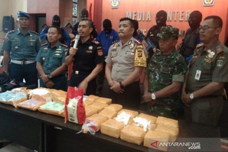 Aparat Dumai berhasil  gagalkan penyelundupan 27 kg sabu dan 20 ribu ekstasi