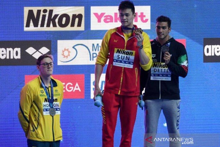 Sidang doping perenang Sun Yang ditunda