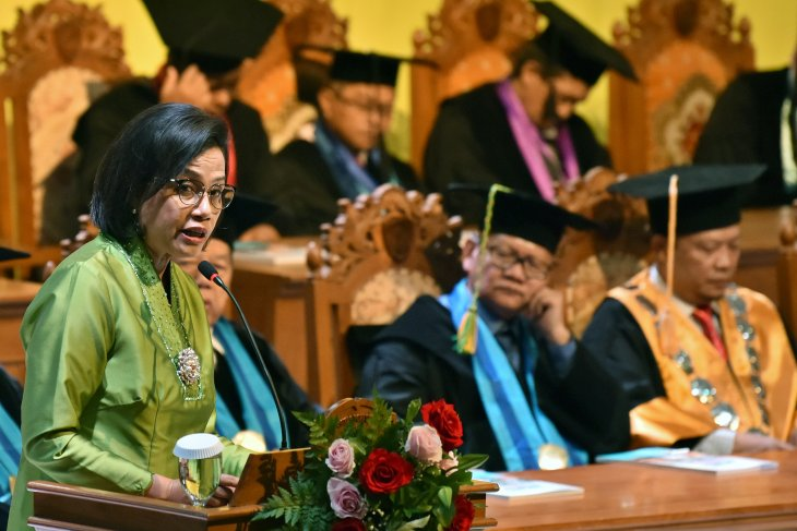 Sri Mulyani backs government's plan to recruit foreign rectors