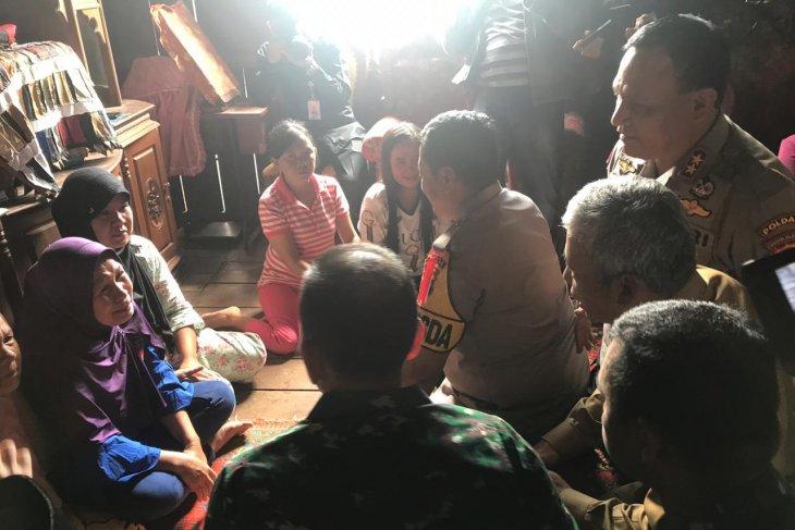 Military commander, police chief visit Mesuji clash victims
