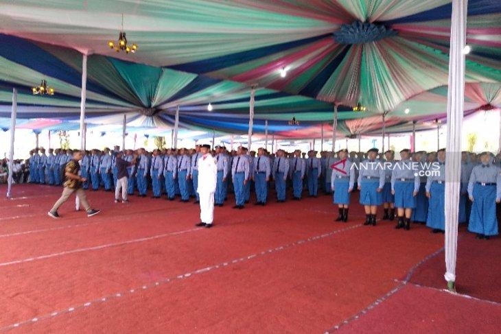 Akbar Tanjung kukuhkan 432 siswa baru SMAN 1 Matauli Pandan