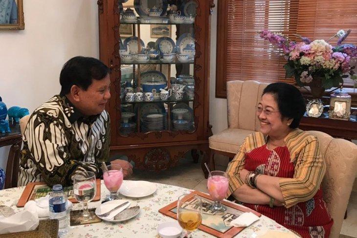 Prabowo Subianto meets with Megawati Soekarnoputri