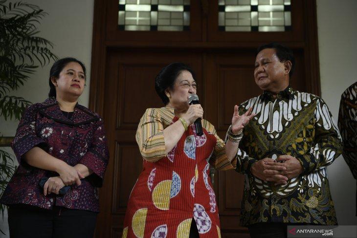Jokowi does not join Prabowo-Megawati's meeting: PDIP