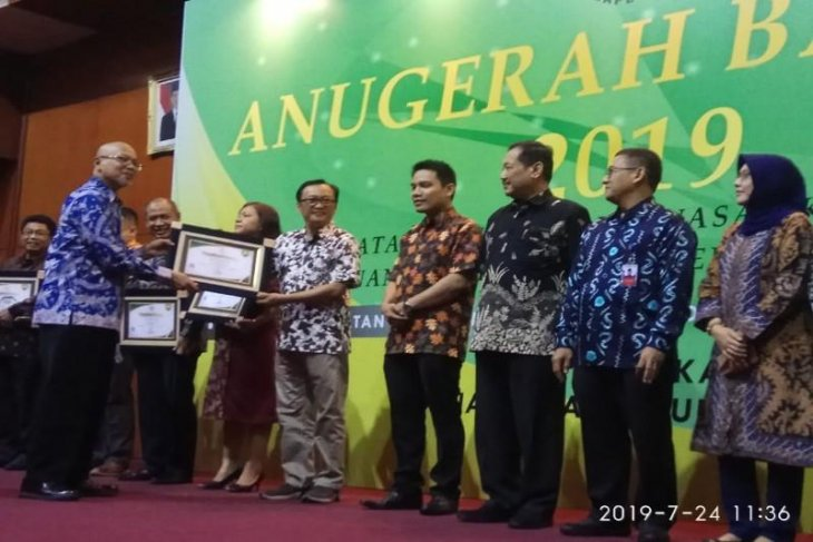 RSU Kumpulan Pane terima penghargaan dari Bapetan