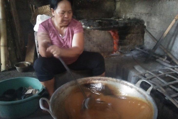 Permen berbahan gula merah diminati wisatawan asing - ANTARA News