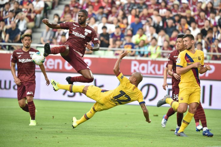 Barcelona gasak Vissel Kobe dua gol tanpa balas pada laga pramusim