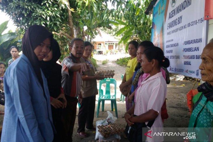 Mahasiswa Polbangtan bantu salurkan BPNT di Samosir