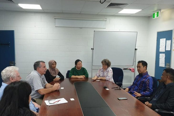 Consul General expects more publications on Indonesia-Australia ties