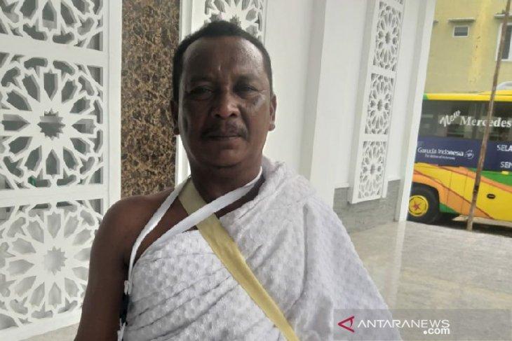 Delapan tahun menabung untuk ke Mekkah sisihkan dari panen sawit