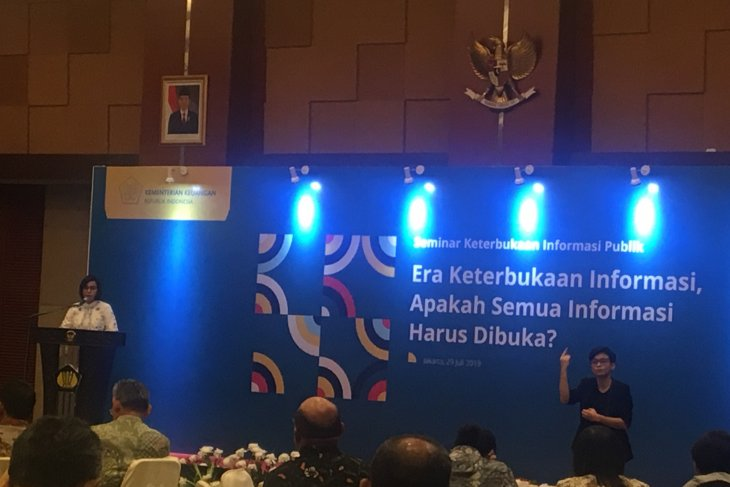 Minister Indrawati invites social media influencers to tackle hoax
