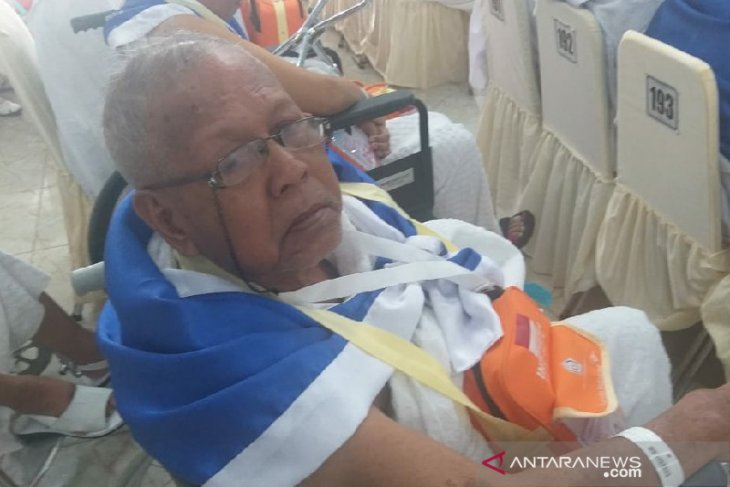 Pensiunan PTPN 2 berangkat ke tanah suci