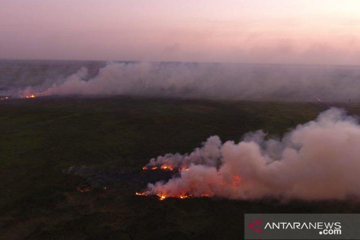 Bupati Tapin: Silahkan gunakan dana desa beli alat pemadam kebakaran