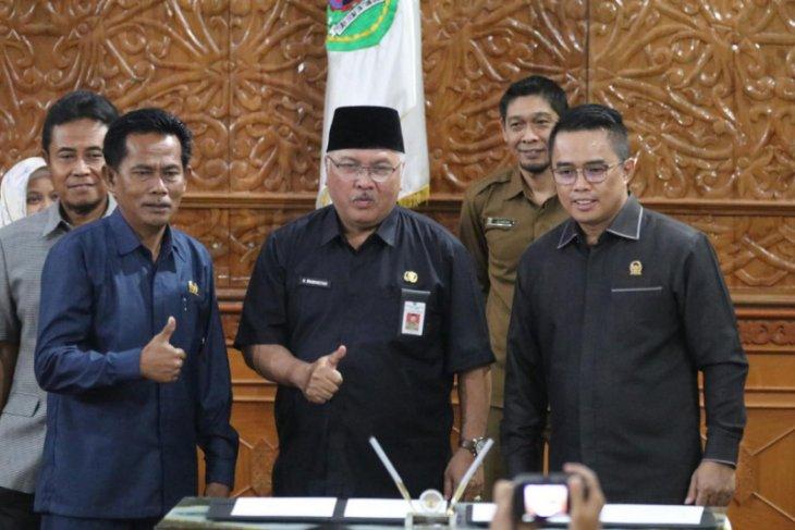 Pemkab dan DPRD Kutim Teken Nota Kesepakatan  KUPA PPAS Perubahan 2019