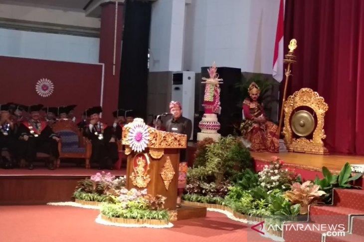 Gubernur Bali ingin gratiskan  kuliah di ISI Denpasar