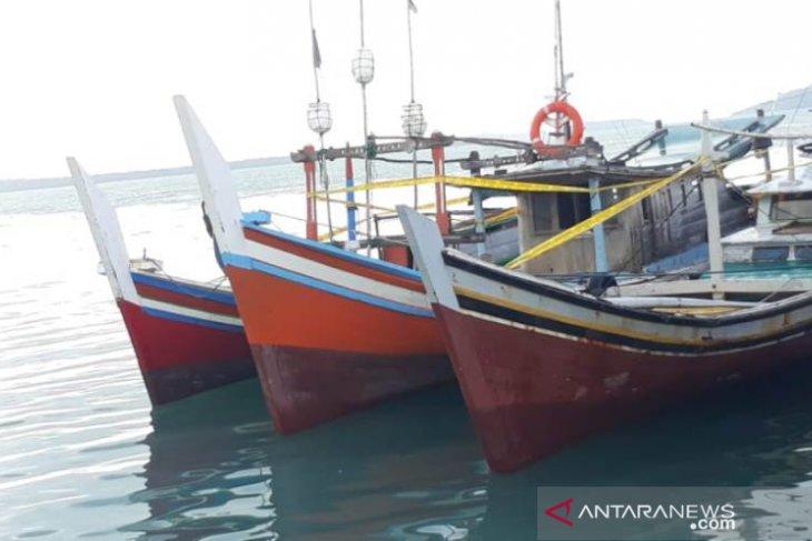 Satpolair amankan tiga kapal trawl di perairan Pongok Babel