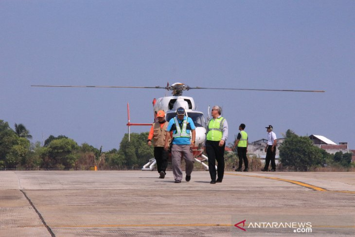 BNPB ready to deploy more helicopters to put out forest fires