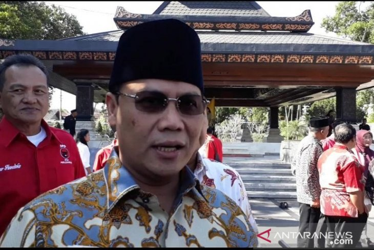 Ahmad Basarah katakan kongres PDIP akan tetapkan Megawati ketua umum
