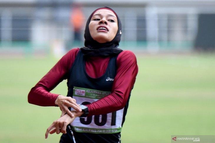 Pelari Sumut Agustina Manik melesat pada nomor 1.500 meter senior