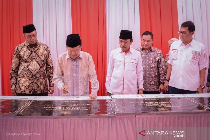Pembangunan sekolah ramah gempa dan masjid di NTB merupakan bentuk komitmen PMI