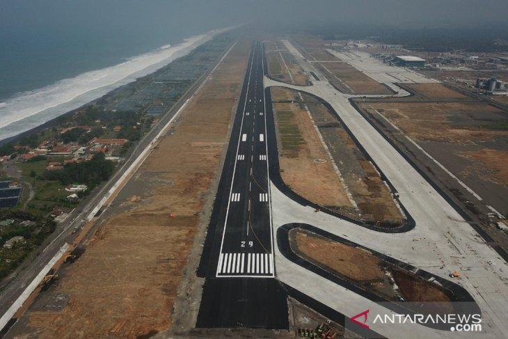 Selama gangguan, pasokan listrik bandara AP I di Pulau Jawa-Bali normal