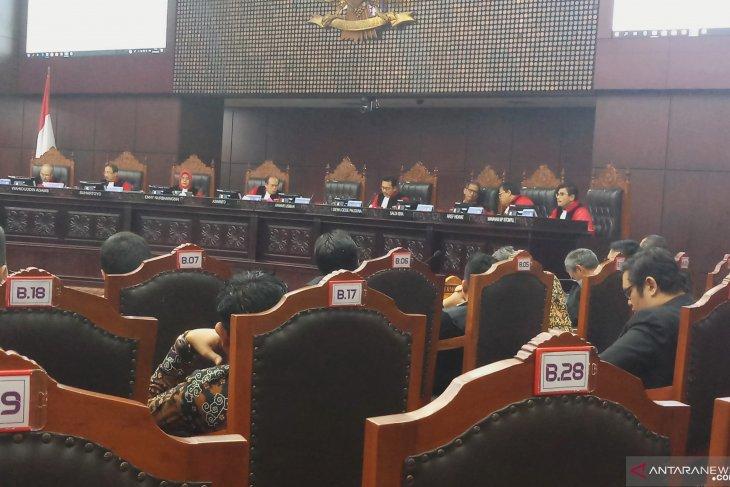 MK perintahkan hitung surat suara ulang di empat TPS Trenggalek
