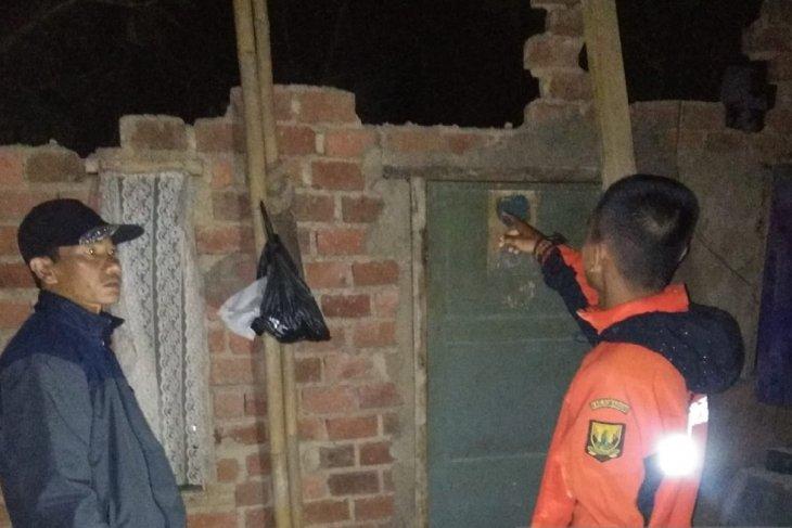 Dua warga meninggal dan 163 bangunan rusak di Sukabumi akibat gempa Banten
