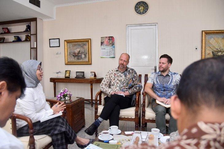 Pengusaha Swedia tertarik investasi pengolahan sampah di Sumut