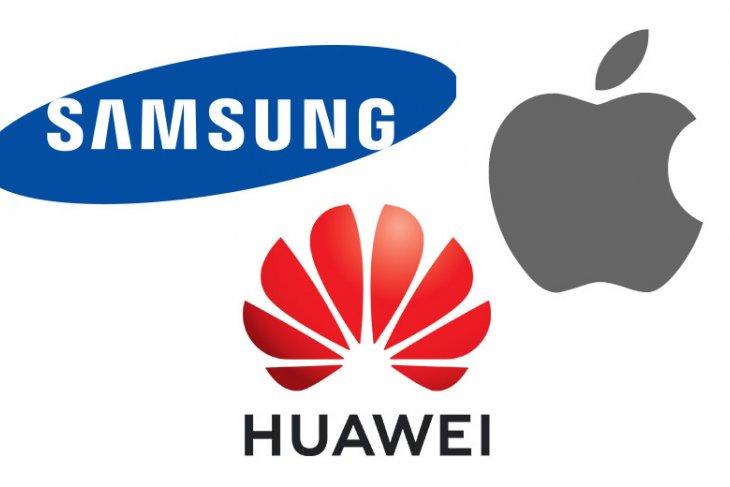 HP Apple, Samsung, atau Huawei bersaing dalam kecepatan unduhan