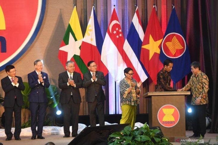New ASEAN Secretariat building marks bloc's 52nd anniversary