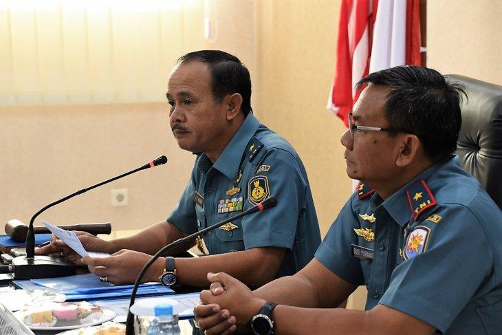 Tim Itjen TNI AL lakukan Wasrik di Lantamal IXAmbon