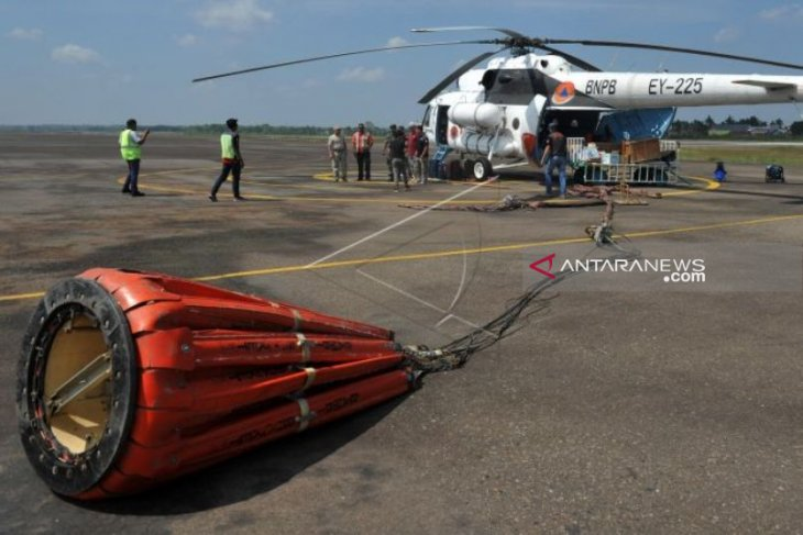 Helikopter bom air batal terbang ke Aceh Barat karena cuaca  buruk