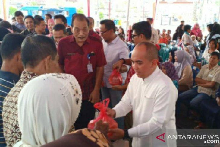 Molen serahkan bantuan sembako bagi masyarakat rawan pangan