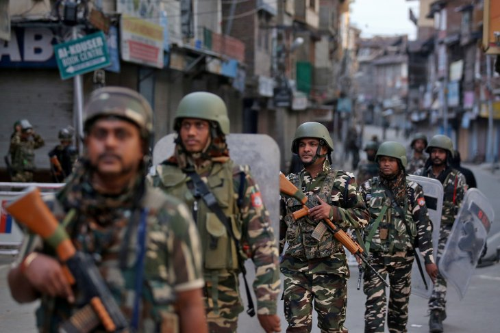 Peace diplomacy a priority in Kashmir issue