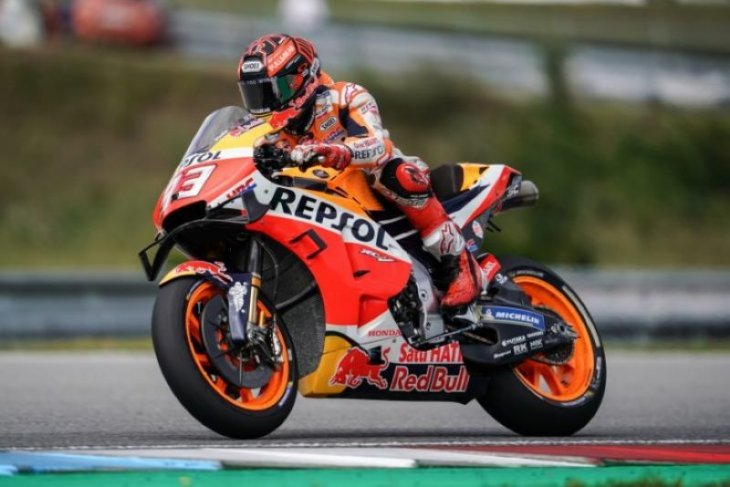 Marc Marquez gagalkan Rossi rebut pole position GP Inggris