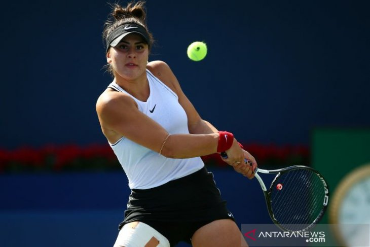 Petenis Bianca Andreescu jalani pemindaian lutut