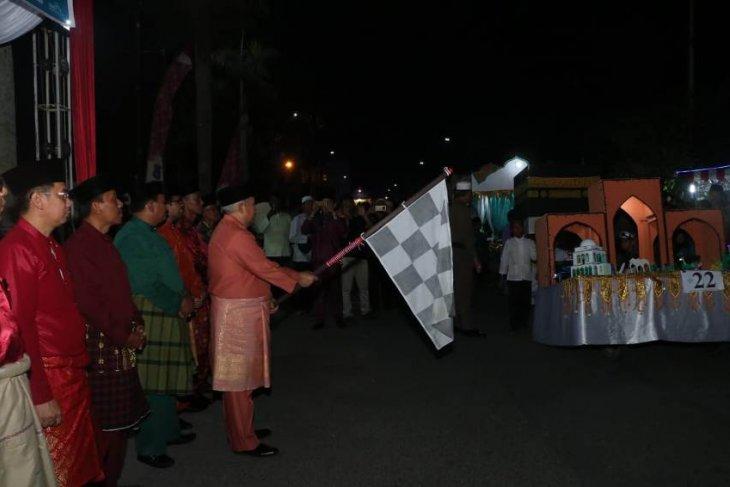 Pawai malam takbiran di Kualatungkal Tanjabbar
