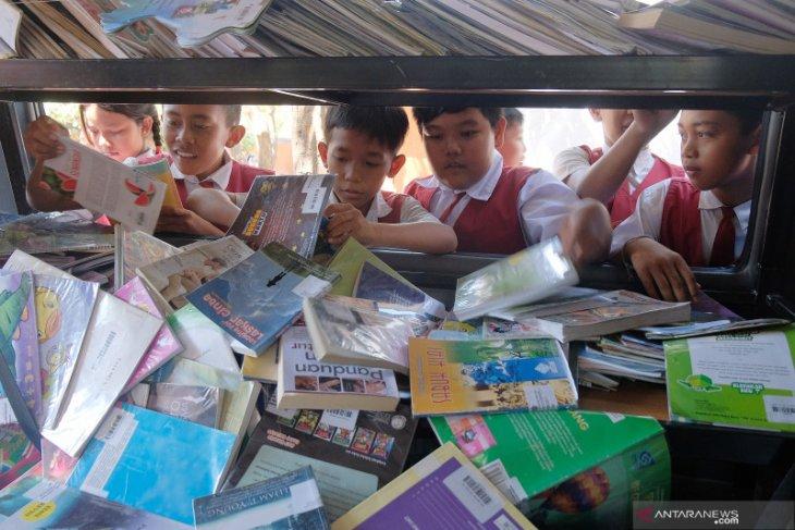 Sayembara Buku: Selamatkan Warisan Kekayaan Intelektual Leluhur Bali