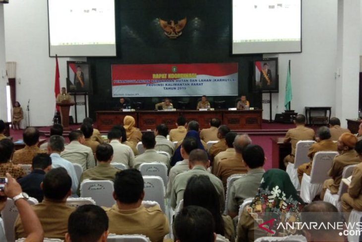 West Kalimantan governor summons 94 companies over land, forest fires