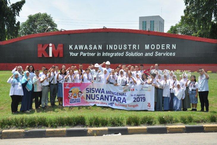 Siswa SMN 2019 kagumi Kawasan Industri Modern