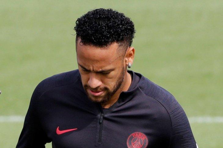 Barcelona optimistis pulangkan Neymar