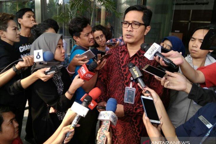 Lima lokasi terkait kasus impor bawang putih digeladah KPK