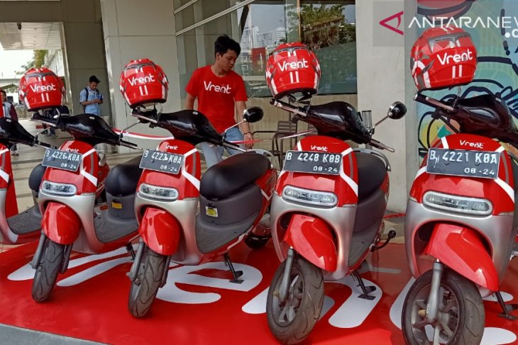Kini layanan sewa motor listrik hadir di Summarecon Mall Bekasi