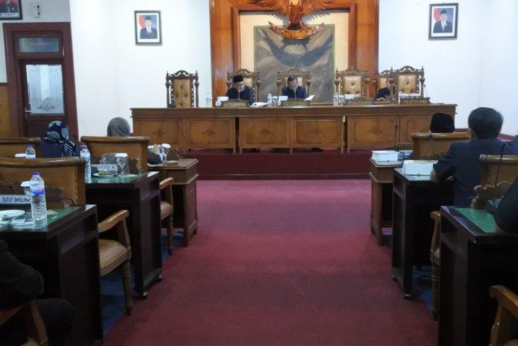 DPRD bentuk panitia pemilihan wabup  Tulungagung