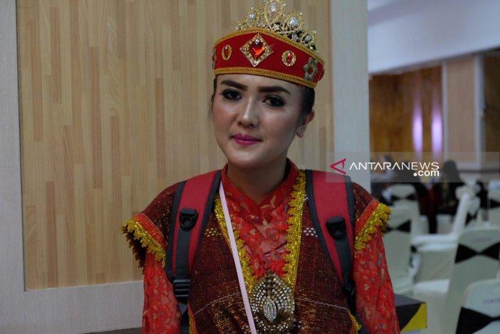 Siswa SMN asal  Sumut tertarik budaya Sulawesi Tengah