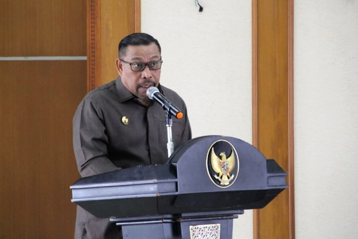 Habibie Wafat - Gubernur Maluku B.J. Habibie ilmuwan dunia